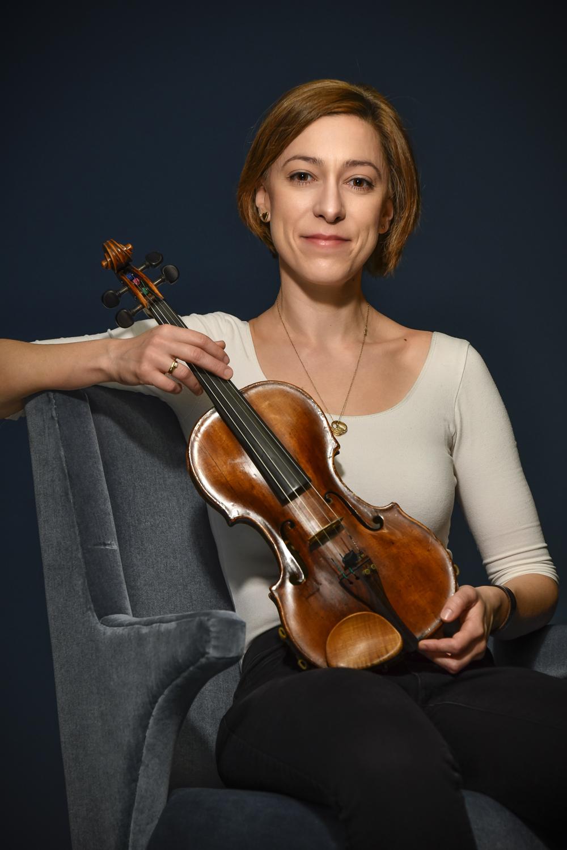 Barbara Tolarová (Opera)