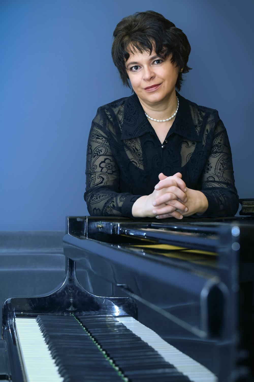 Galina Aleshkevich (Opera)
