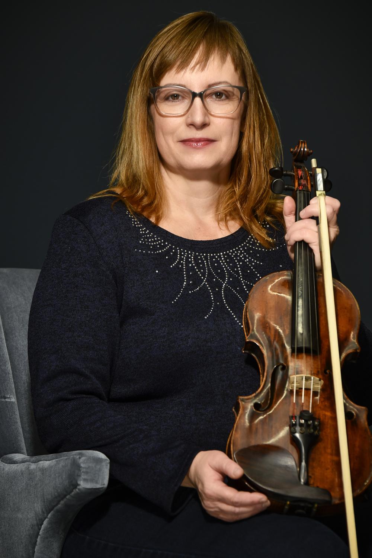 Iva Muchová (Opera)