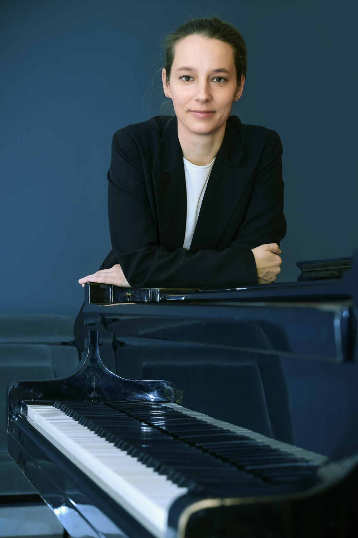 Jitka Houfová (Opera)