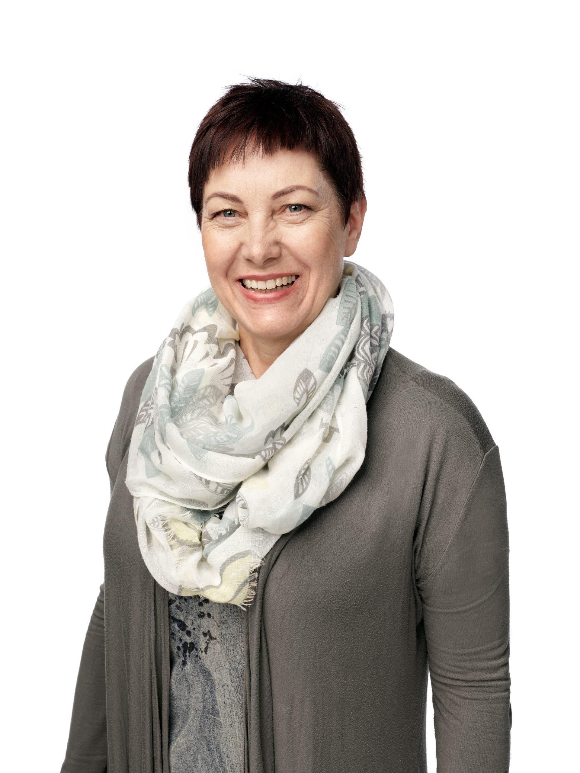 Alena Arači