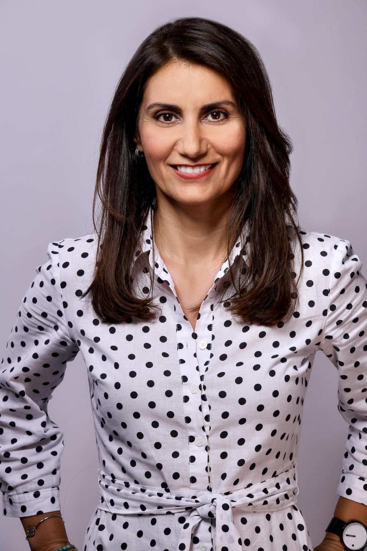 Diana Kolbábková Paraskevopulu (Ředitel)
